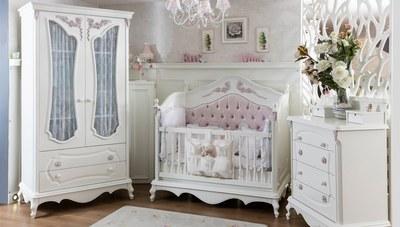 Gül Klasik Bebek Odası
