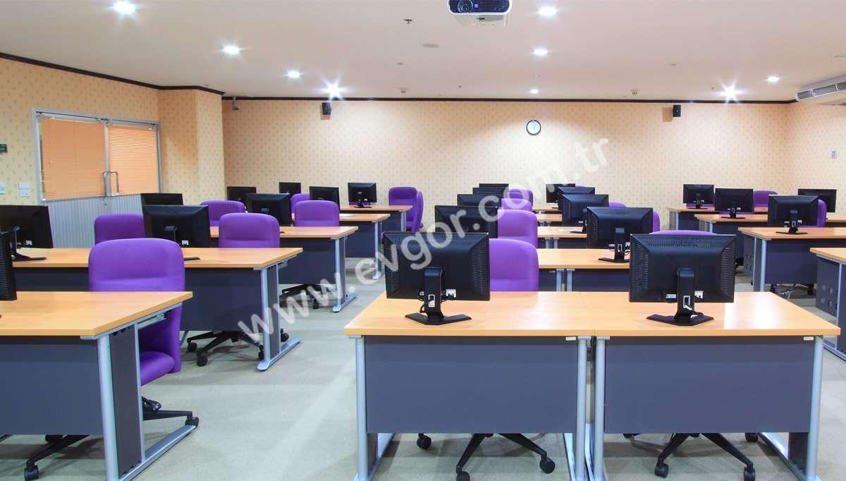 Okul Bilgisayar Masası