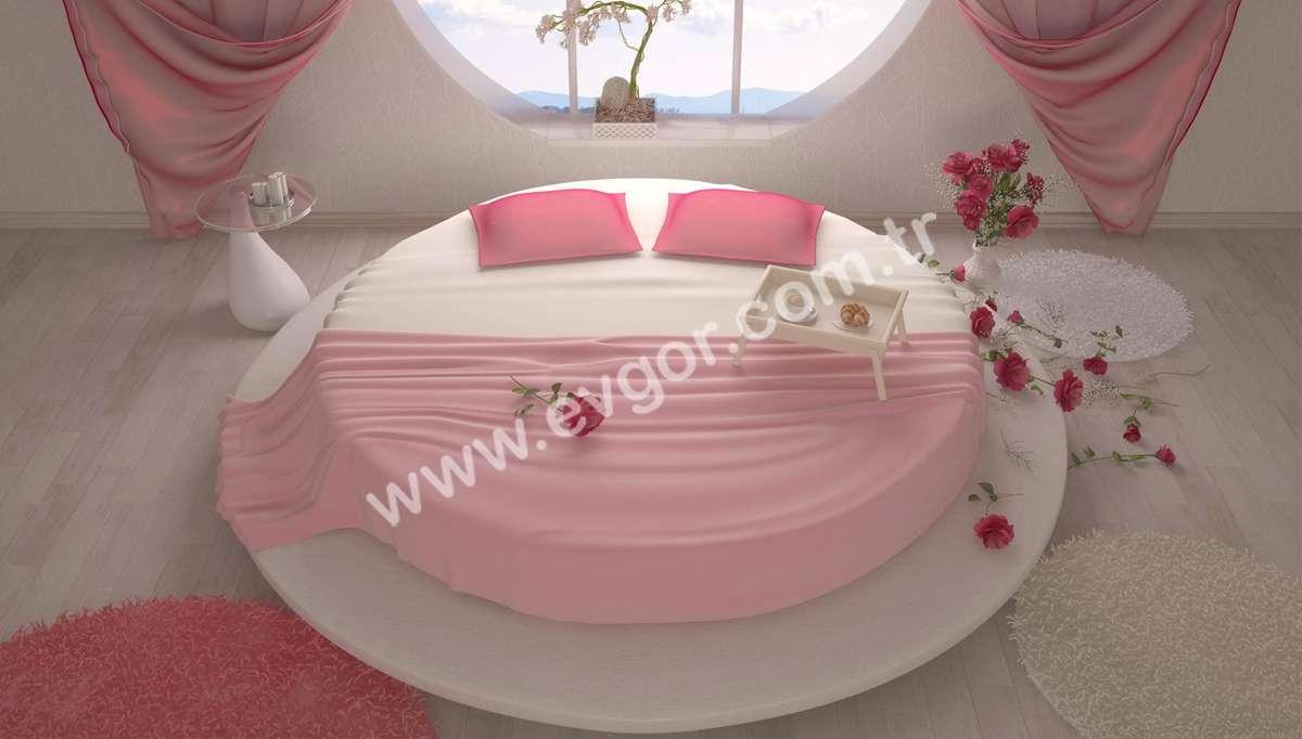 Pembe Yuvarlak Otel Yatak Odası
